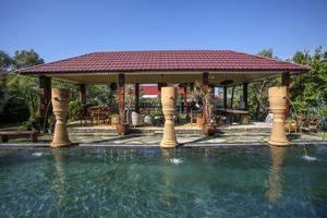 Villa Padi Cangkringan - kolam renang