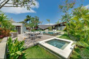 The Layar - Designer Villas & Spa Seminyak - Outdoor Pool