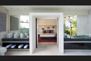 The Layar - Designer Villas & Spa Seminyak - Bathroom