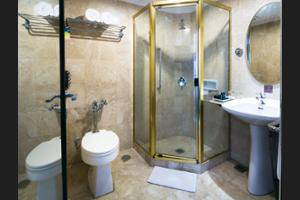 Jakarta Airport Hotel Managed by Topotels Jakarta - Bathroom