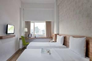Whiz Hotel Cikini Jakarta - Kamar tamu