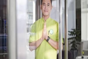 Whiz Hotel Cikini Jakarta - Ucapan Selamat datang