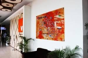 V Hotel & Residence Bandung - Lobby