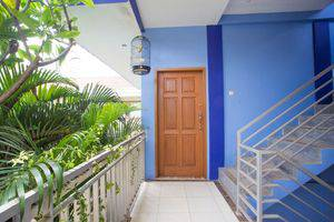 RedDoorz near Cibubur Junction Cibubur - Exterior