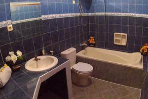 24/7 Bed and Breakfast Jimbaran - toilet