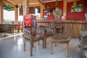 ZEN Premium Pecatu Padang Padang Beach Bali - Lobi