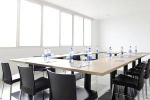 Amaris Mangga Dua - Meeting Room