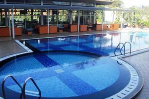 Hotel Horison Makassar - Pool