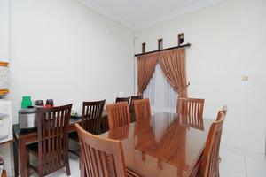 Airy Syariah Alun Alun Kidul Bantul 60B Yogyakarta - Resto