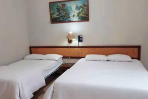 Hotel Pantai Jaya Pangandaran - Standard Room