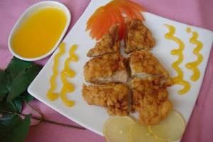D Season Hotel Surabaya - ayam lemon