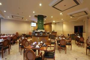Maharani Hotel Jakarta - Coffee shop
