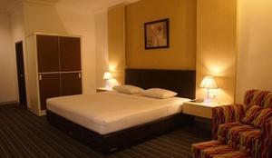 Kendari Suite Hotel Kendari - RoomSuite