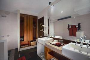 Aston Sunset Beach Resort - Gili Trawangan - Kamar Mandi Superior