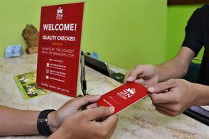 ZEN Rooms Rujia Hotel Pasar Baru - Resepsionis