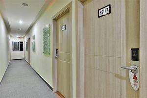 ZEN Rooms Rujia Hotel Pasar Baru - lorong