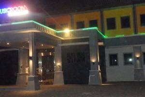 Bahari Inn Tegal - The Music Room KTV & LOUNGE