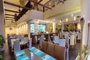 Vouk Hotel and Suite Bali - Ruang makan
