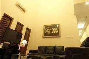 Grand Surya Hotel Yogyakarta - Lobi