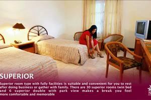 Hotel Merdeka  Kediri - Kamar tamu