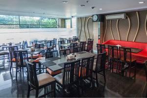 ZEN Premium Setiabudi Jakarta - Restoran