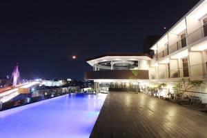 Hotel Grandia Bandung - Kolam Renang