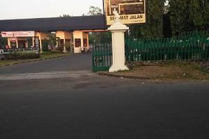 Hotel Wisnu Klaten - Exterior