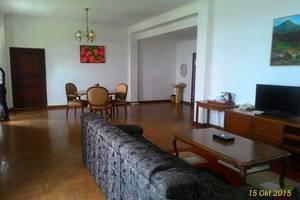 Sinabung Hills Resort Berastagi - Ruang tamu