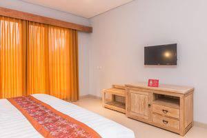 ZenRooms Ubud Jembawan - Tempat Tidur Double