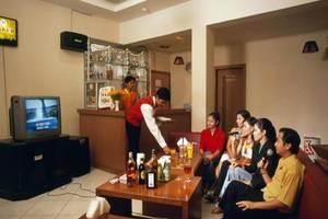 Abadi Suite Hotel   - Karaoke