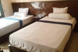 Graha Dewata Juwana Hotel Pati - Lantai 1 Deluxe Tempat Tidur Twin