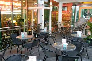 Business Hotel Jakarta - Outdoor Dining