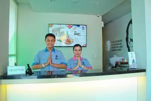Cleo Hotel Walikota Surabaya - Resepsionis