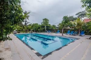 ZenRooms Tanjung Benoa Bidadari Bali - Kolam Renang