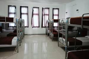 Chez Bon Hostel Bandung - LargeRoom 16bed