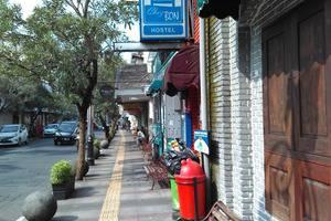 Chez Bon Hostel Bandung - Appearance