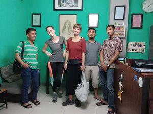 Chez Bon Hostel Bandung - Aktifitas