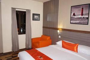 Ekon Hotel Yogyakarta - Kamar Tamu