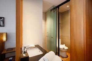 BATIQA Hotel Jababeka - Bathroom