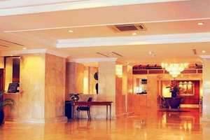 Hotel New Saphir Yogyakarta - Lobi