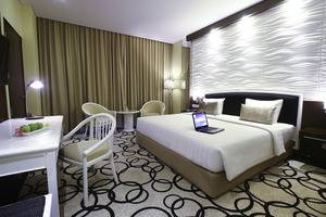 Hotel New Saphir Yogyakarta - Deluxe Tempat Tidur King