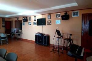 Villa Alam Flores Flores - Live Music