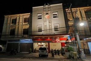 RedDoorz @ Jalan Gunung Merapi Makassar -