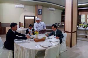 Grand Vella Hotel Pangkalpinang - Menu Breakfast