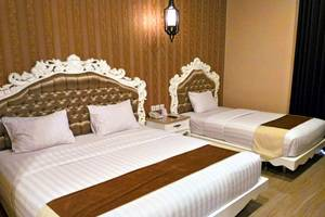 Apple Green Hotel Malang - Junior Suite Room