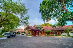 Grand Istana Rama Bali - Area Parkir