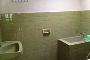 Perwita Sari Hotel Yogyakarta - Kamar mandi
