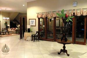 Villa Pakem Yogyakarta Yogyakarta - Living Room