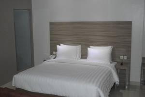 Win Grand Hotel Bekasi - Deluxe Room