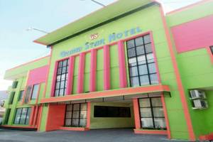 Grand Star Hotel Parepare - Tampilan Luar Hotel